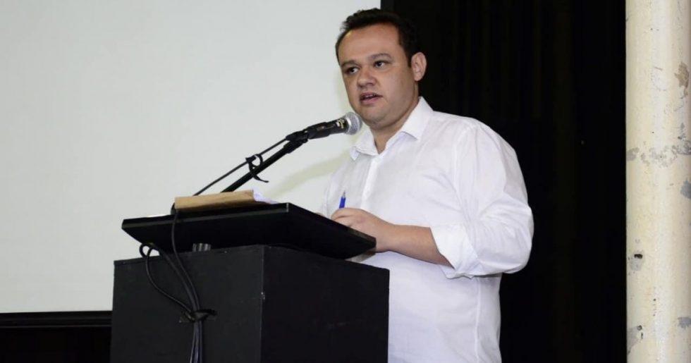 Eduardo da Delegacia está internado na UTI
