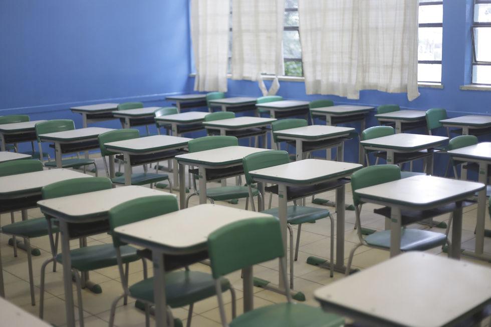Escolas particulares voltam às aulas dia 8 de setembro