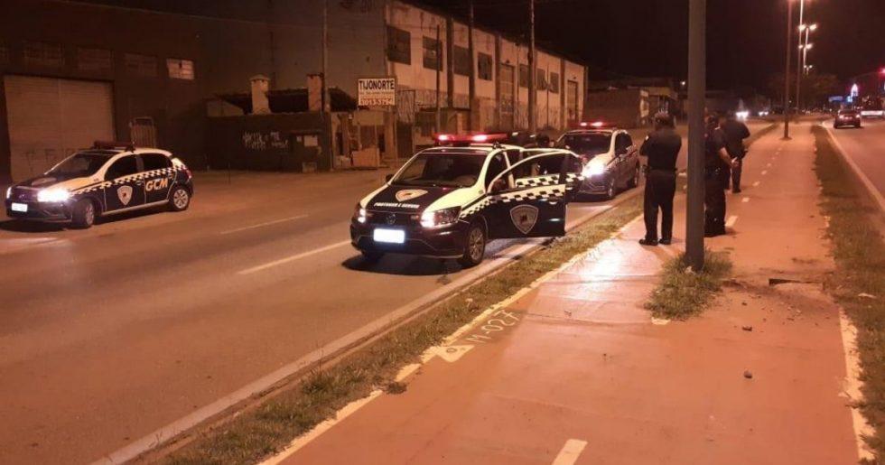 Homem é detido ao tentar furtar fiação de iluminação pública em Sorocaba