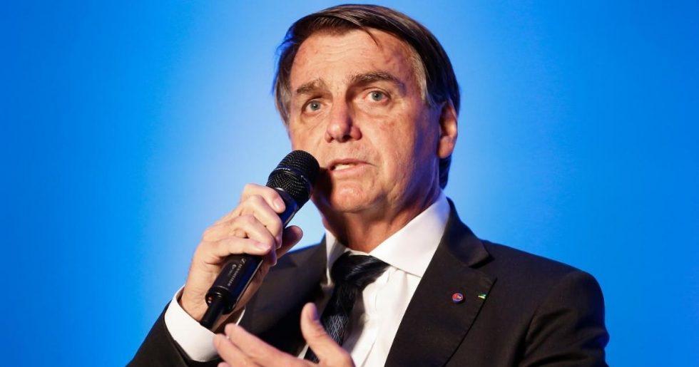 Bolsonaro dá 3 dias para Guedes apresentar nova proposta para o Renda Brasil