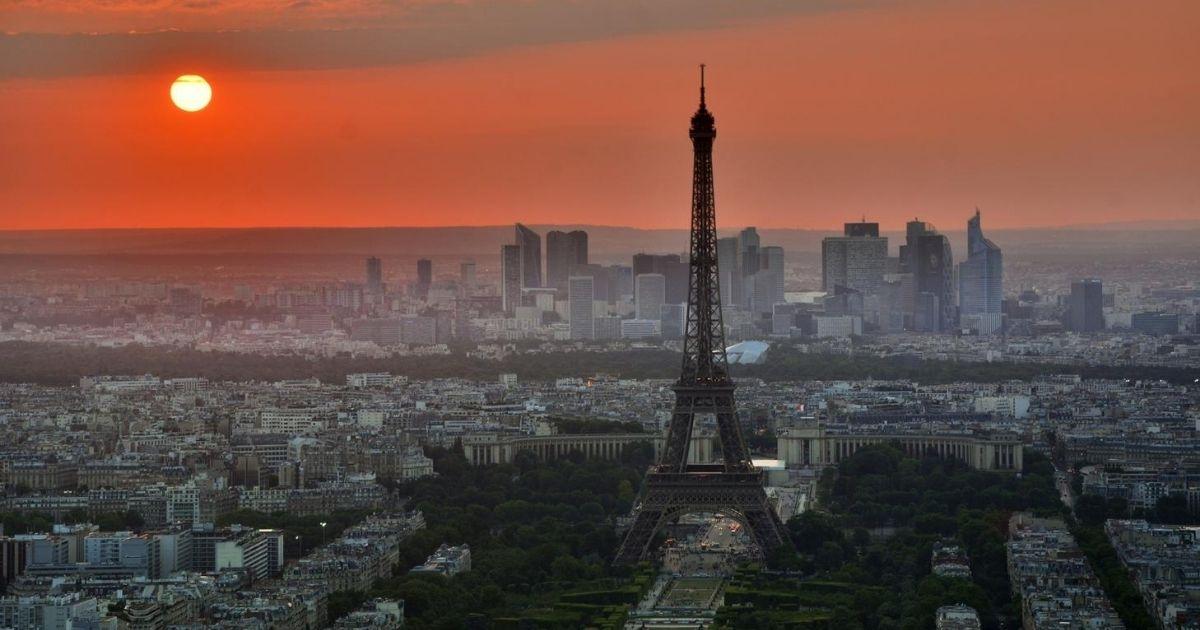 A torre Eiffel é um dos pontos turísticos de Paris, na França. Crédito da foto: Pxhere