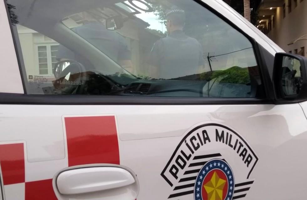 PM evita que bando jogue 50 celulares dentro de presídio em Tremembé