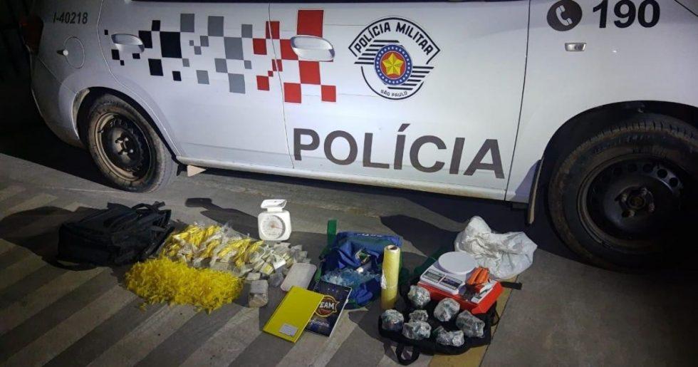 Polícia prende suspeitos de traficar drogas em Ibiúna