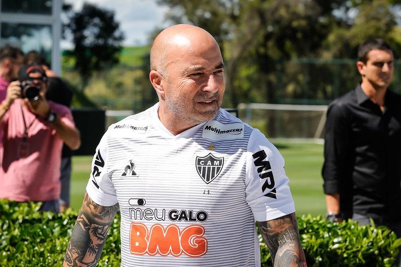 Santos nega troca de jogadores com o Palmeiras e alfineta Sampaoli