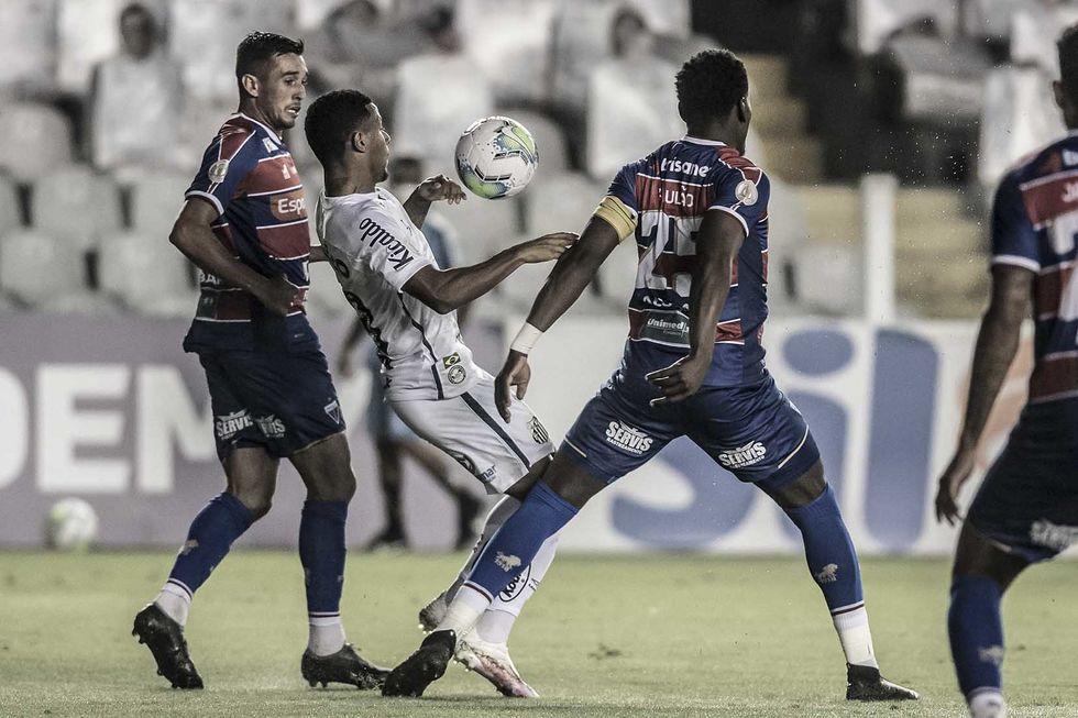 Apesar de empate, Cuca vê Santos evoluindo