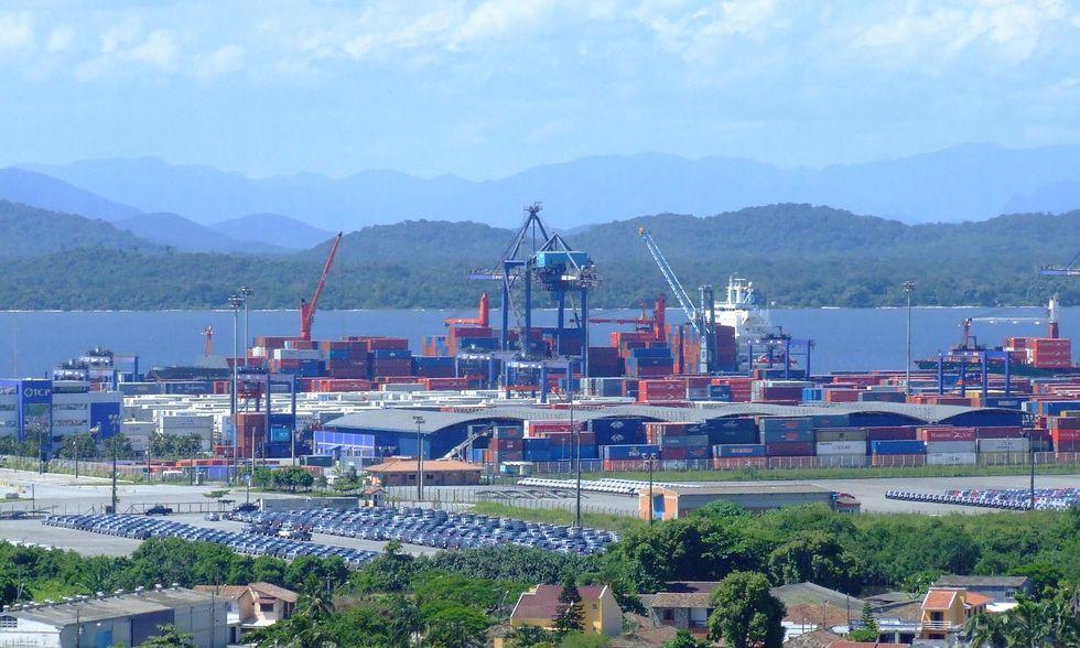 Balança comercial tem superávit de US$ 6,6 bilhões em agosto
