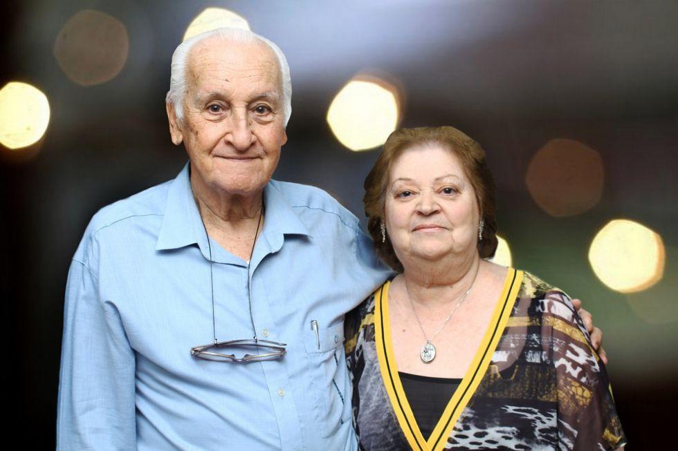 Bodas de Cobre celebram o amor do casal Oscar e Maria