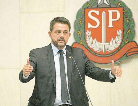 Deputado Danilo Balas vota contra aprovação de contas de Doria