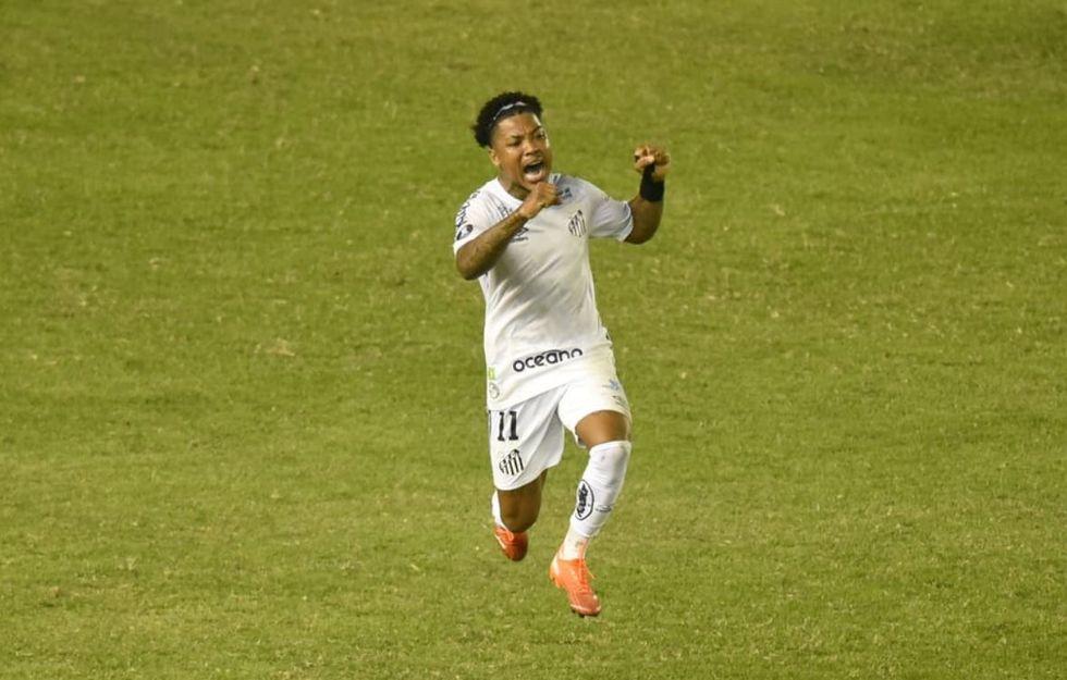 Maratona de partidas preocupa o Santos