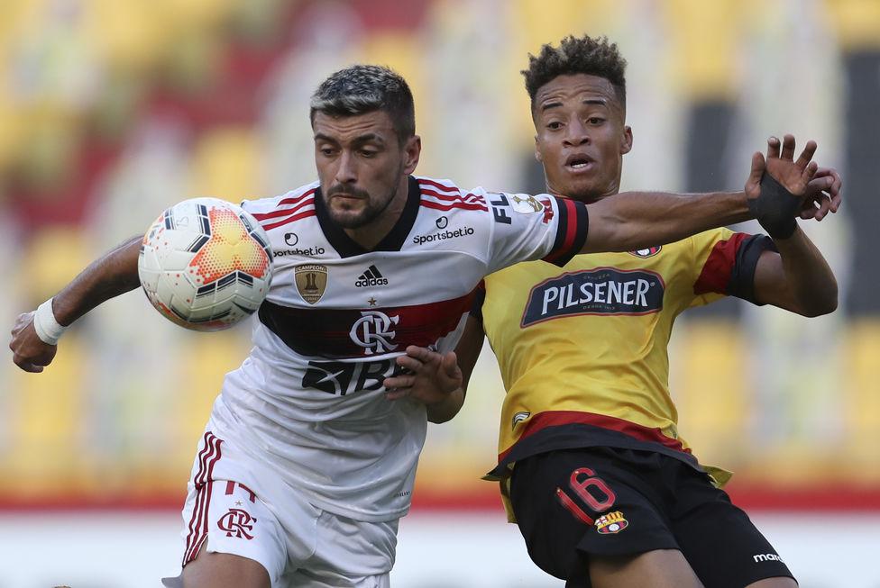 Na superação, Flamengo vence em Guayaquil
