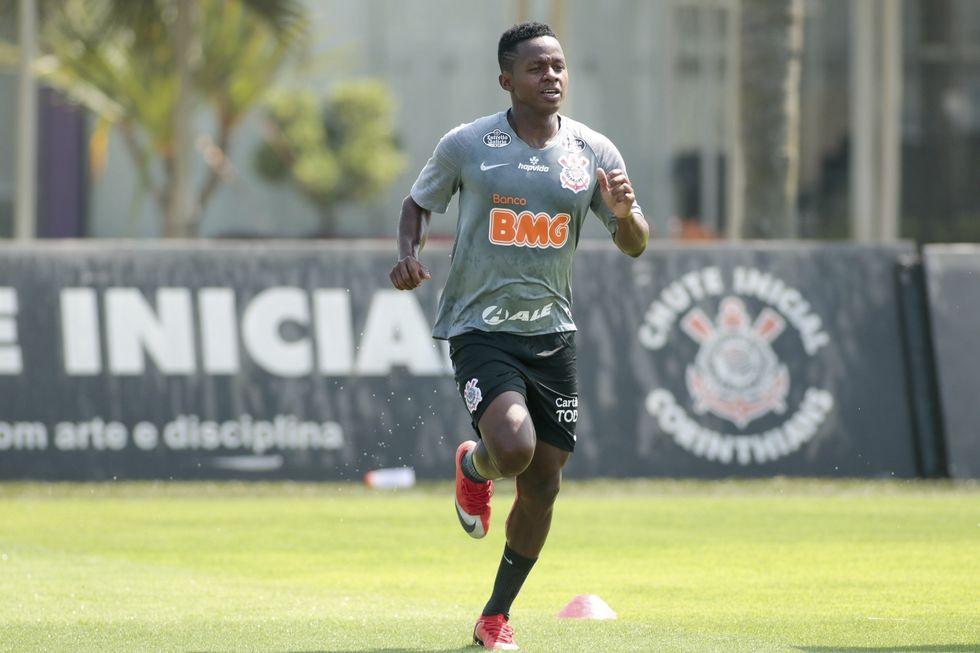 No Brasileiro, Timão recebe Atlético-GO