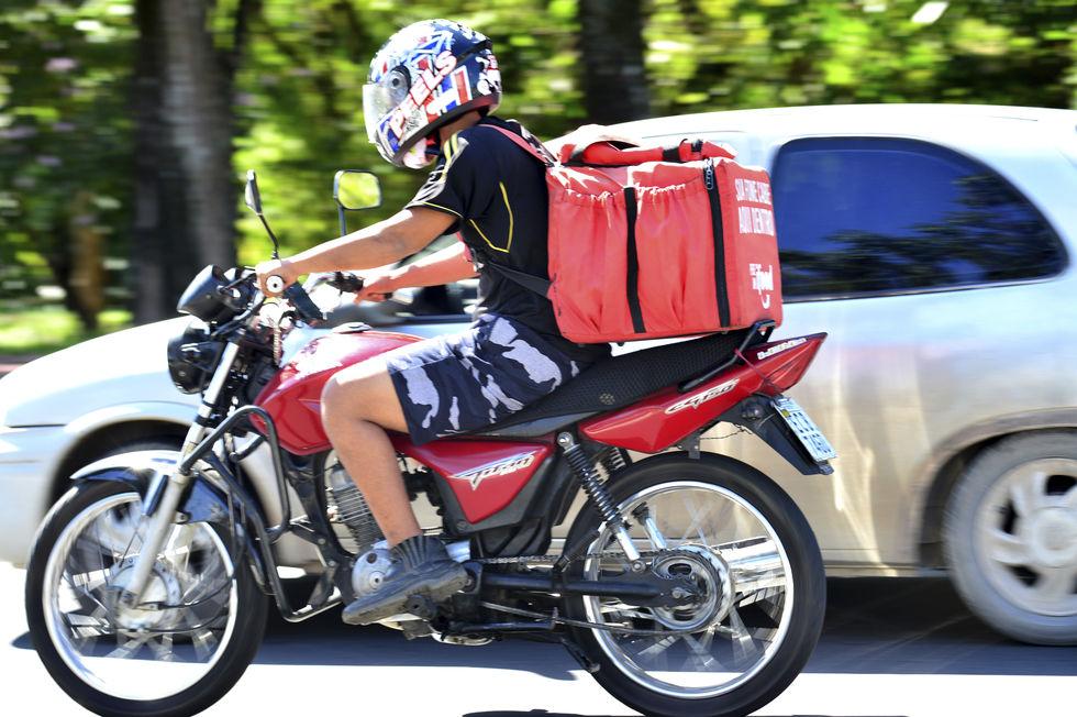 Obrigado, motoboy! Entrega delivery na pandemia