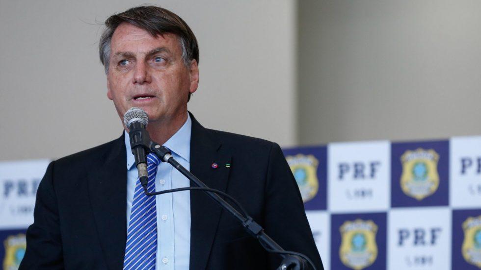 Bolsonaro volta a defender volta às aulas durante a pandemia