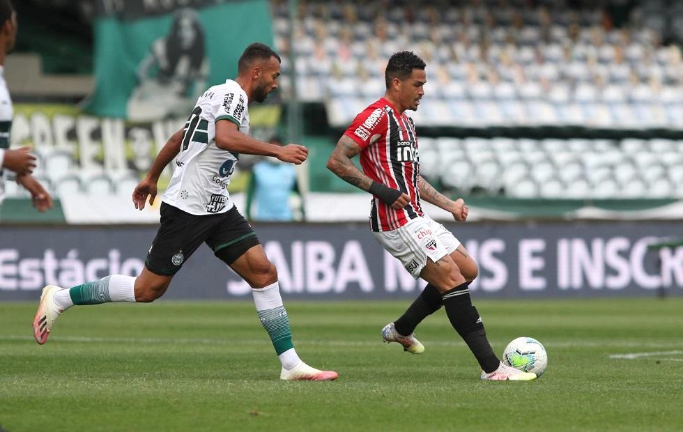 São Paulo empata com Coritiba e mantém jejum de vitórias