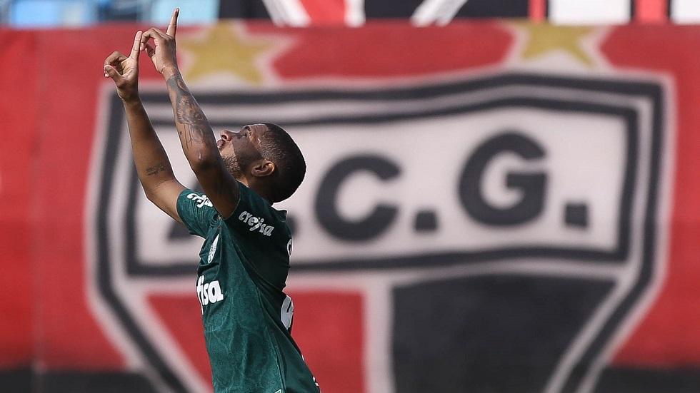 Palmeiras encerra série de derrotas com vitória sobre Atlético-GO