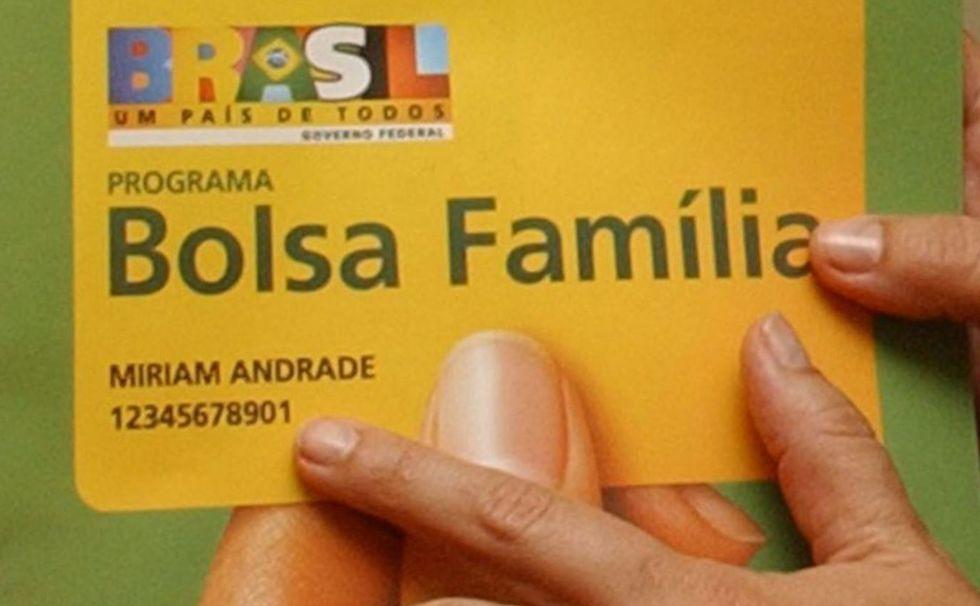 Bolsa Família terá reforço de US$ 1 bi