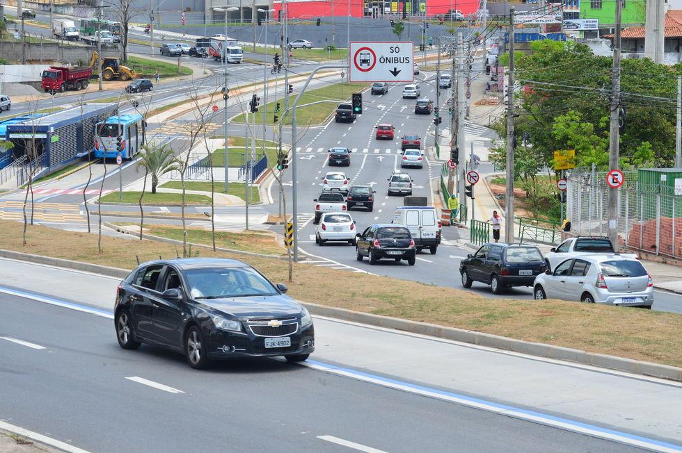 CPFL vai remover postes em avenidas