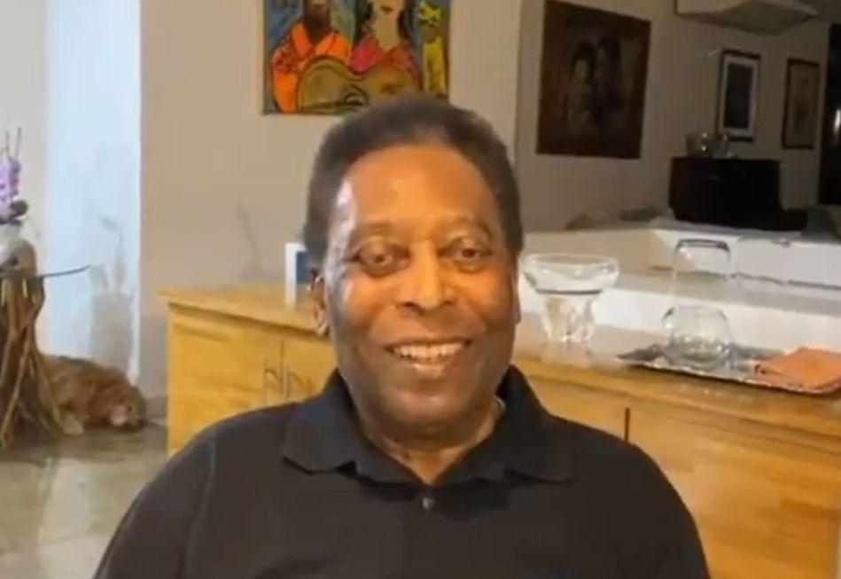 'Estou mais feliz do que nunca', comemora Pelé