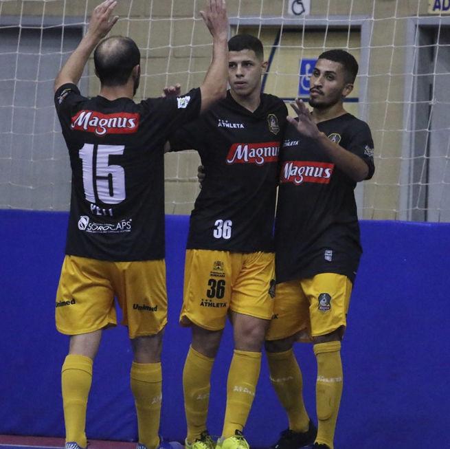 Magnus goleia o São Bernardo por 7 a 0