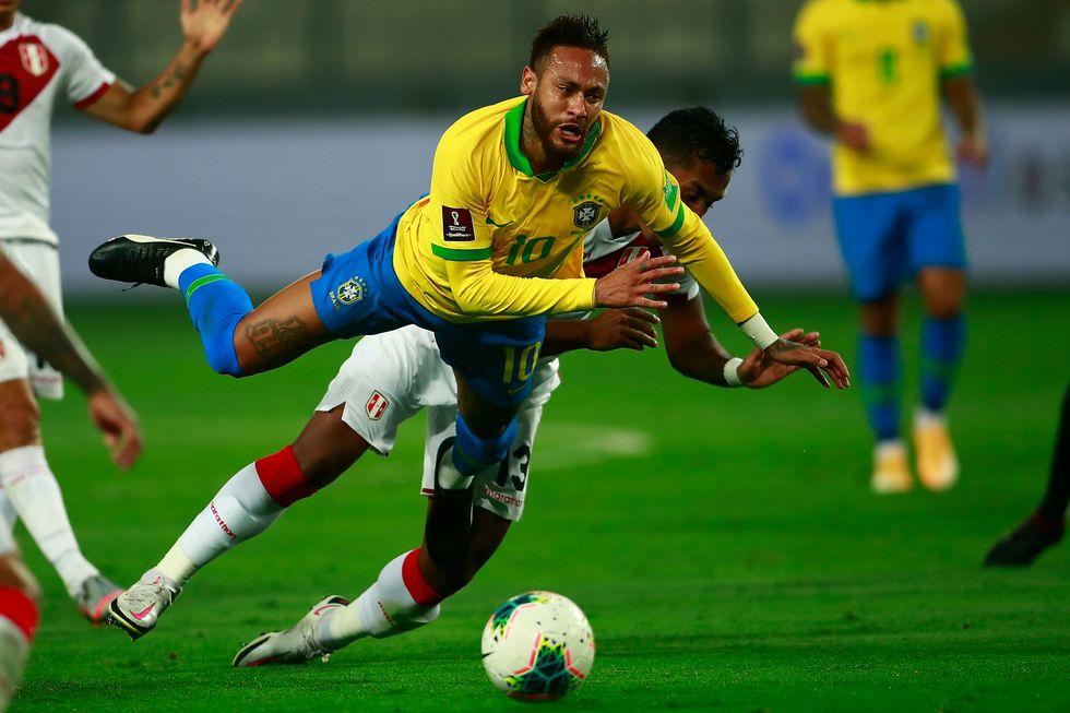 Neymar decide em Lima