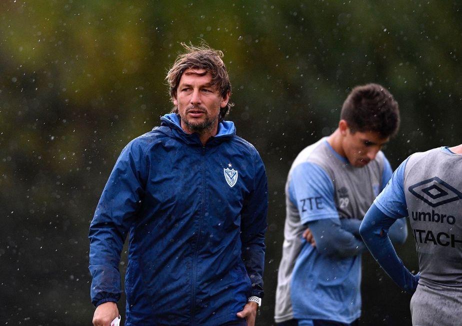 Palmeiras negocia com Gabriel Heinze