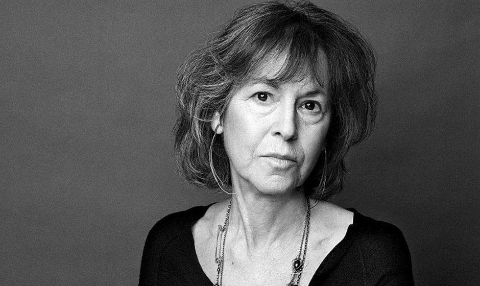 Poeta americana Louise Glück afasta as polêmicas de prêmio