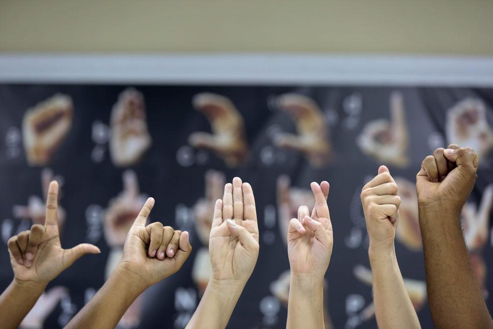 Política de educação para estudantes com deficiência é lançada