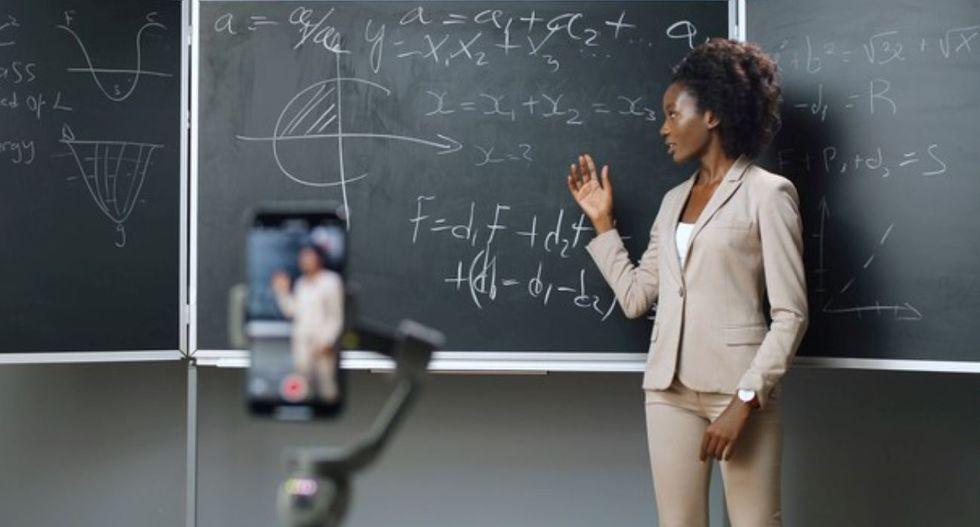 Professores, a pandemia e a tecnologia