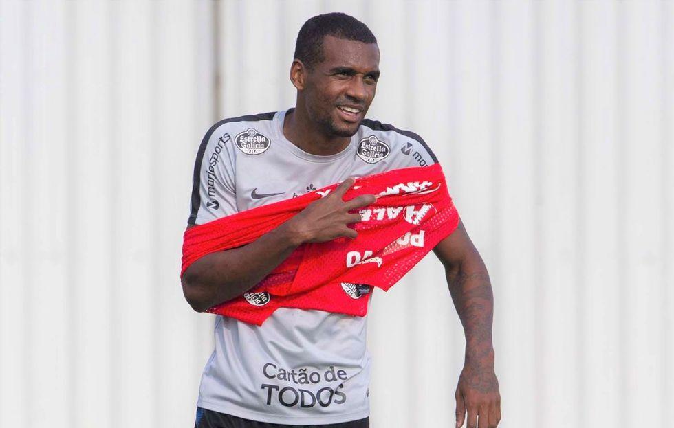 Reintegrado, Marllon treina novamente no Corinthians