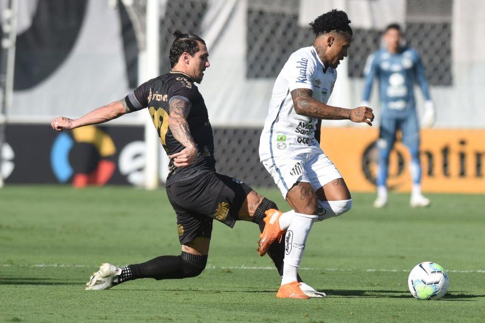 Santos vai para cima do Ceará
