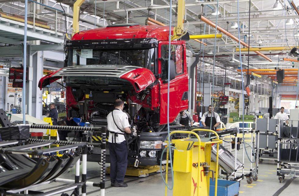 Scania mantém investimento no Brasil de R$ 1,4 bi