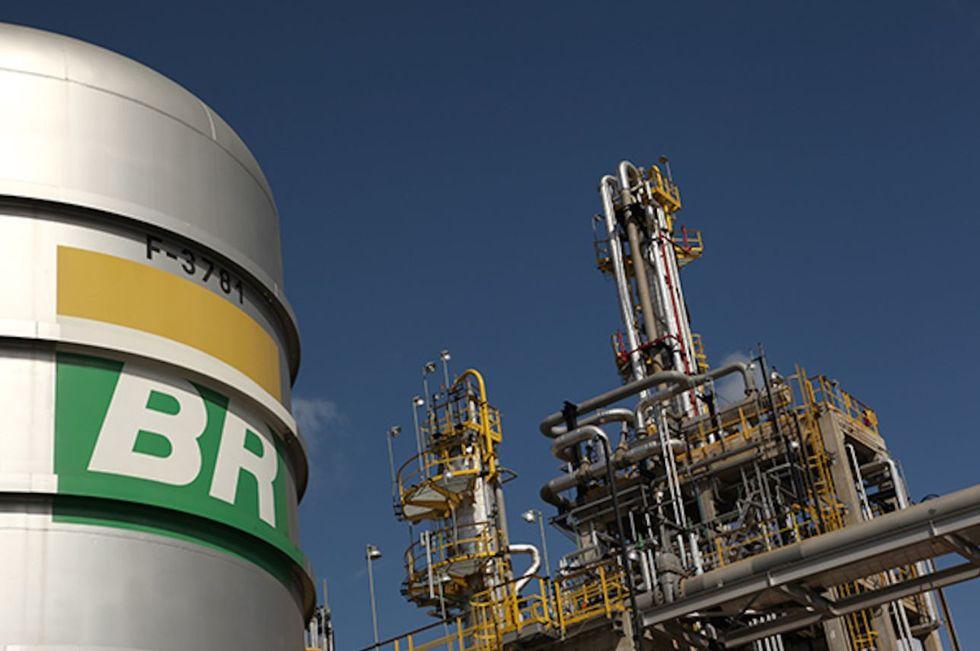 Petrobras anuncia maior reajuste nos combustíveis do ano