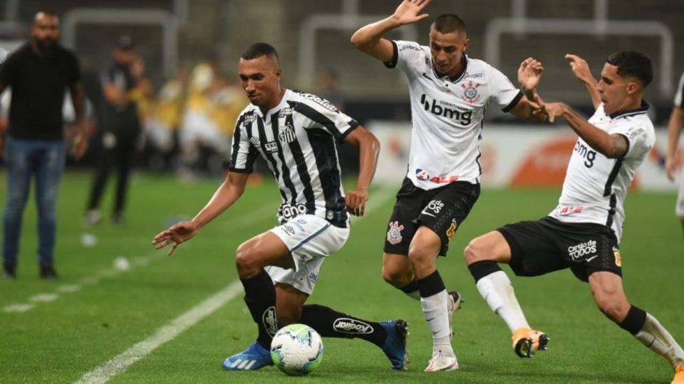 Santos é liberado pela Fifa para contratar jogadores