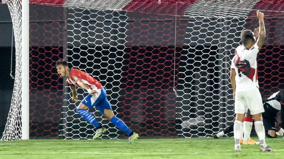 Paraguai e Peru empatam na abertura das Eliminatórias