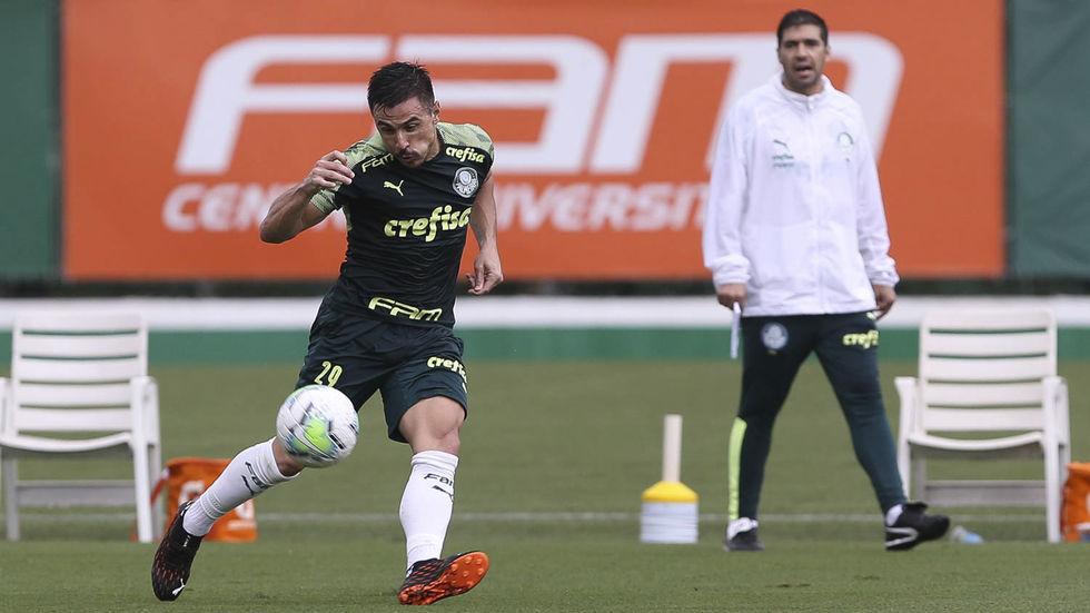 Com 20 desfalques, Palmeiras pega o Ceará