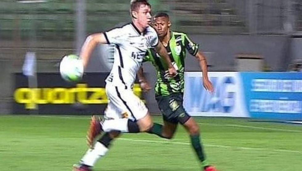 Corinthians reclama da arbitragem