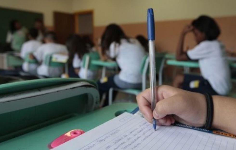 Estado de SP vai contratar 10 mil professores para reforço escolar