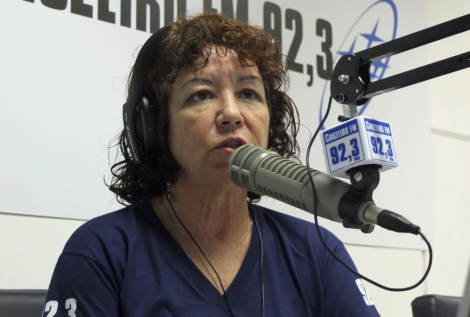 Entrevista: Maria Helena é a voz de todas as tarde