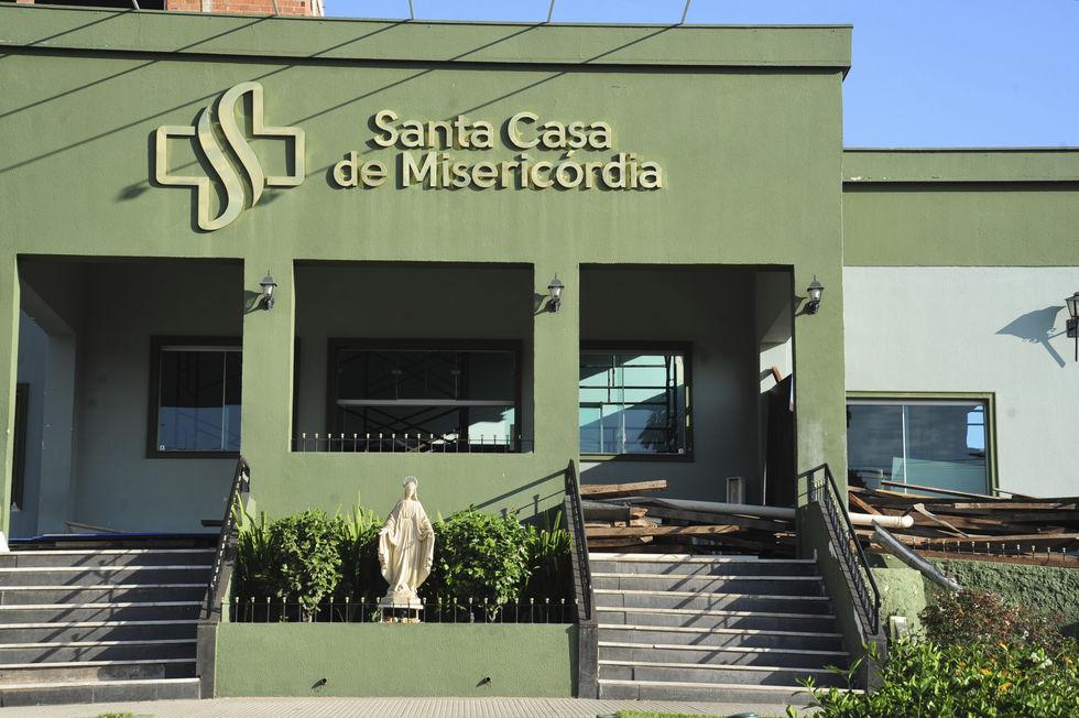 Padre Flávio alerta sobre caos na saúde