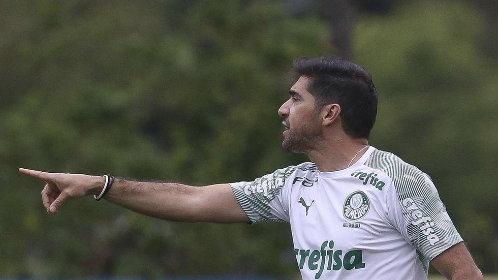 Palmeiras faz confronto direto com o Flu