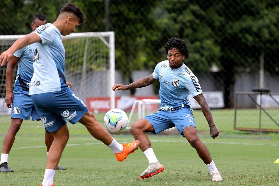 Santos encara desafio triplo