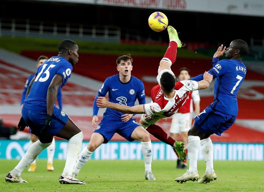 Arsenal vence o Chelsea no London Derby
