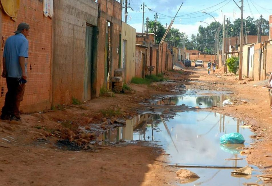 Bolsonaro destrava até R$ 5 bi para saneamento