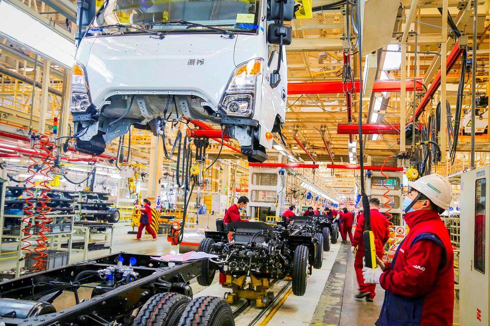 China: produção industrial e vendas aceleram