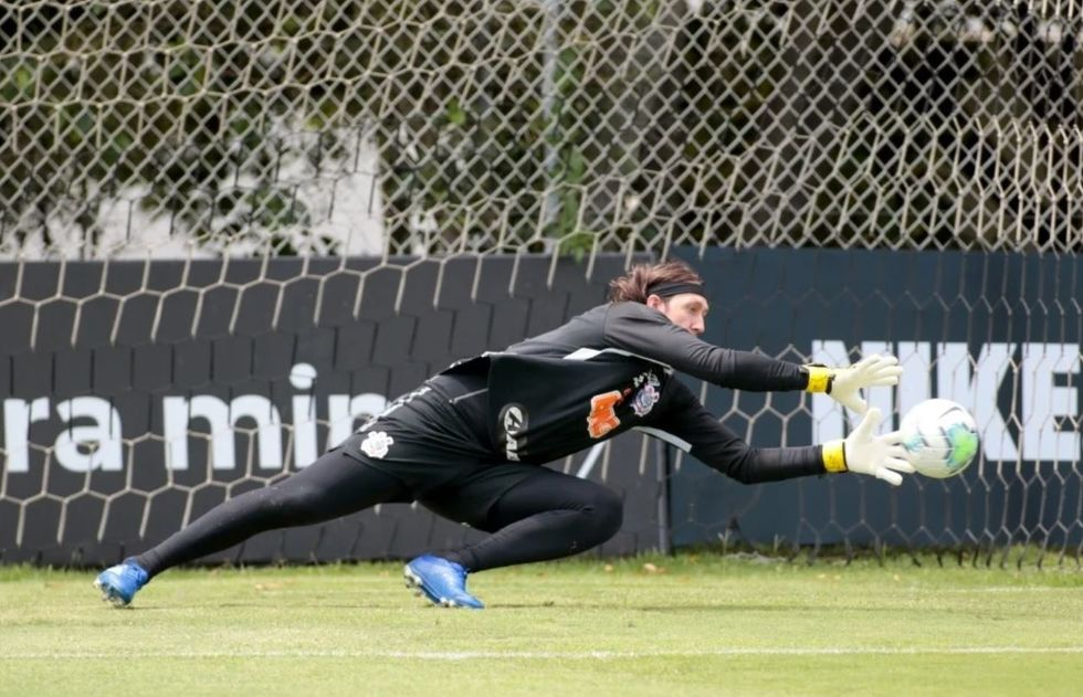 Corinthians joga reforçado com o Fortaleza