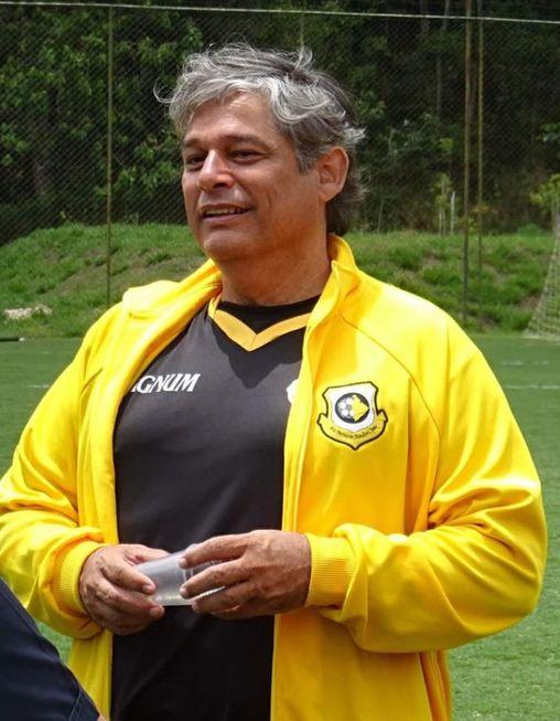 Técnico Marcelo Veiga morre por Covid-19