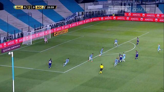 Racing bate o Boca Juniors e abre vantagem para a semifinal da Libertadores