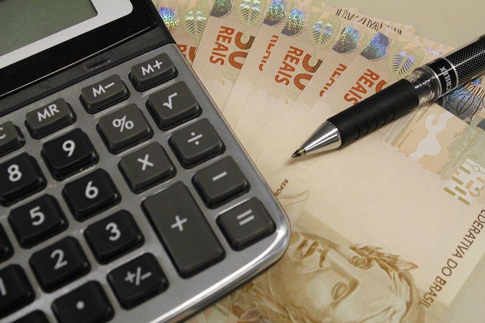 Especialistas alertam sobre necessidade de reserva financeira