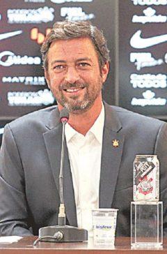 Novo presidente do Timão garante permanência de Mancini