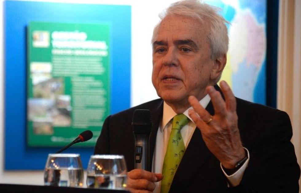 Bolsonaro demite presidente da Petrobras